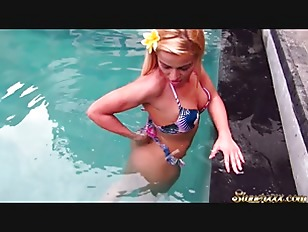 Underwater Handjob  Blow Job and intense sex on vacation - Cherry Kiss
