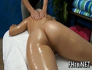 She Gets Pussy Massaged...