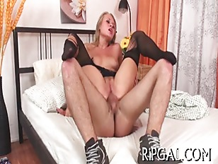 Cutie Gives Nice Blowjob...