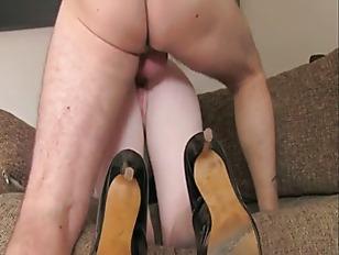 Huge Tits Blonde Amateur...