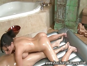 Picture Fetish Babe Horny Masseuse Gets A Cumshot