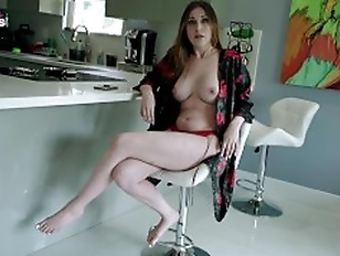 Fucking My Hot New Step Mom with Huge Tits for the First Time Amiee Cambridge
