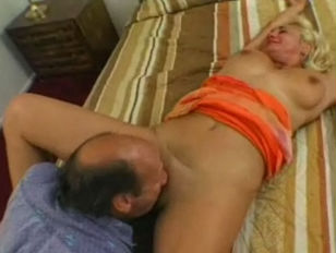 Picture Anal GILF Dana Hayes