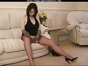 Mature nylon porn pictures