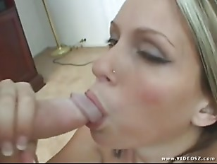 Blowjob and masturbation pov...