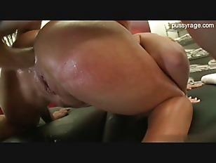 pussy_880428