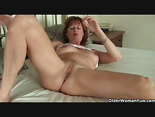 Picture Red Hot Soccer Mom Liddy Collection