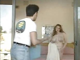 Picture Big Breast Women And Repairman