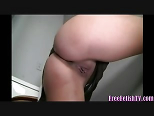 Young slut loves Gloryhole...