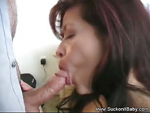 Picture Latina MILF Loves Giving Head