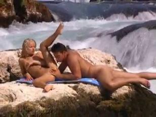 Paparazzi sex photos