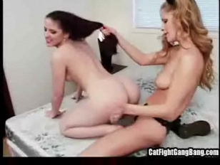 Picture Skanky And Dirty Lesbian Babes