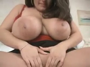 Brunette BBW Dolly Arasheed...