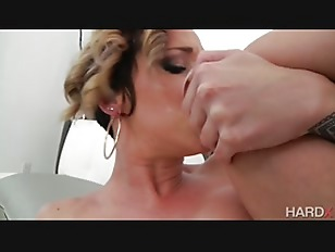 Picture Blonde Chick Get Her Big Ass Fucked