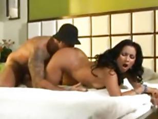 This hot MILF Melissa Brasil loves gettin nasty on camera