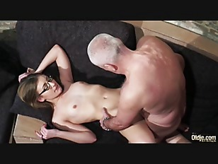 Picture Old And Young Porn - Grandpa Fucks Young Gir...