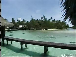Picture Seymore And Alisha In Tahiti