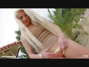 Anastasia Blonde Getting A...