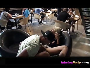 Picture Euro Amateur Public Sex P3