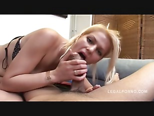 Isabelle sex play