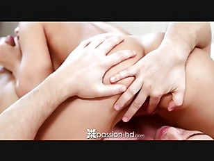 Picture Passion-HD - Guy Wakes Up To Horny Girlfrien...
