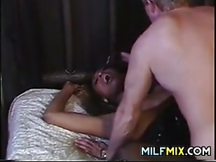 Picture Ebony MILF Gets Explored