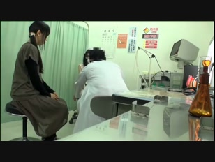 Japanese schoolgirl (18+) abused by the doctor