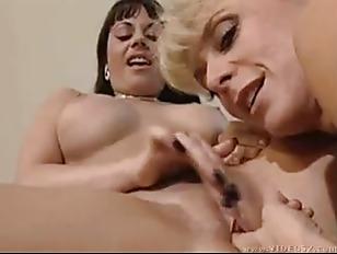 Teen Bending Over Pussy