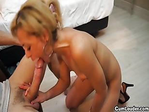 Picture Beautiful Brazilian Gets Jizzed Over Her Mou...