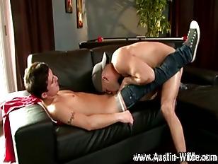 Muscley Gay Hot Hunk Sucks Cock
