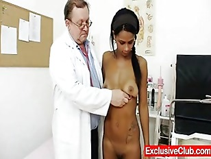 Weird Gyno Doctor Checks...
