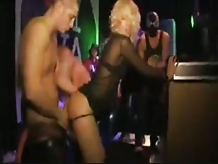 Picture Blondes Fucked And Fingered In A Disco
