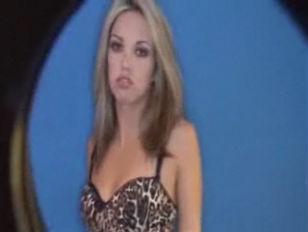 Latina Jenny Hendrix POV...