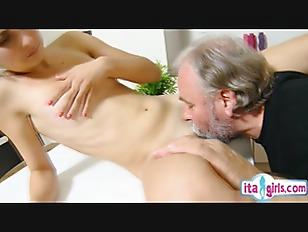 pussy_1784989