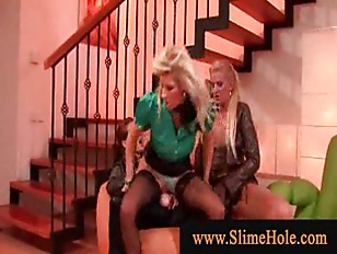 Horny Blonds Jumping Hard...