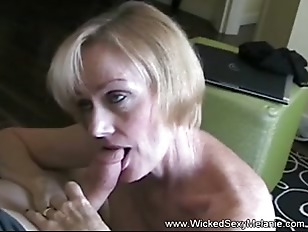 GILF Swinger Blowjob Oral...