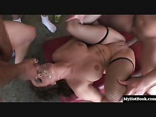 pussy_1412985