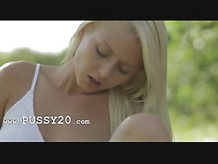 Picture Blonde Woman From Sweden Touching Clit