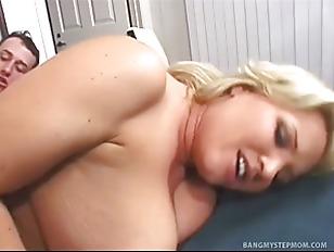 fat mom sex tubes naked moms having sex