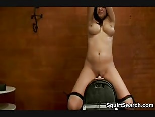 Sybian squirting video