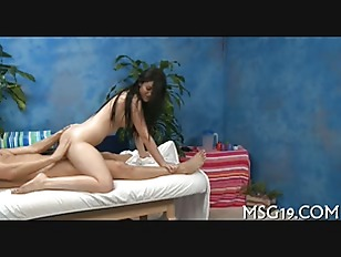 Picture Flexible Gal Enjoys Insertion