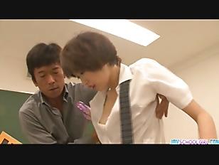 Cute teen Akina Hara...
