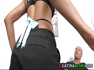 Tatiyana foxx gets her pretty face covered with a fresh abuse
