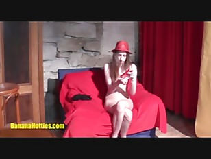 Picture CASTING Girl Does BJ And Fucks Her Pussy Wit...