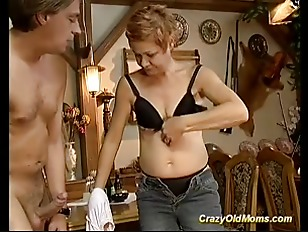 Picture Redhead Mom Needs Hard Sex