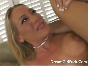Picture Big Tits Blonde Leah Moore Fucked On Her Ass...