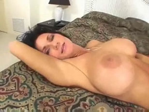 アイデアを愛する裸のセックスの女の子comは嘘のようではない