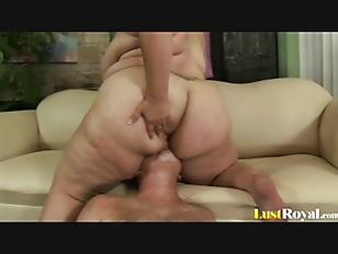 pussy_1568145