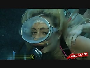 Picture Blonde Chick Fuck Under Water