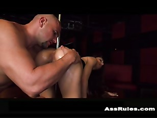 Picture Juicy Ass Twerks On The Stripper Pole P2